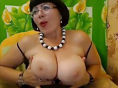 Amateur Big Boobs Mature MILF