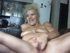Amateur Blonde Mature MILF Webcam