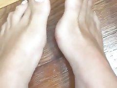 Amateur Close Up Foot Fetish