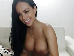 Big Boobs Brunette Webcam Masturbation