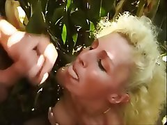 Big Boobs Blonde Cumshot Facial