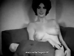 Babe Big Boobs Brunette Nipples Vintage