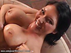 Big Boobs Brunette Cumshot Handjob MILF