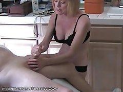 Amateur Mature Granny Handjob MILF