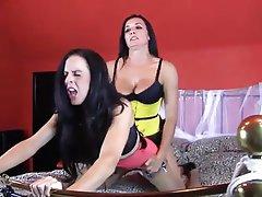 Big Boobs Lesbian MILF Pantyhose Strapon