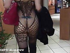 Amateur Big Butts Blonde Public MILF