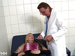 Anal Blowjob Doctor German Threesome