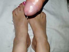 Italian Foot Fetish Footjob Cumshot