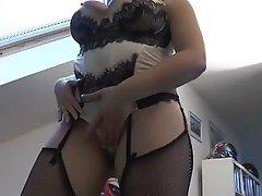 Amateur Blowjob Brunette MILF Pantyhose