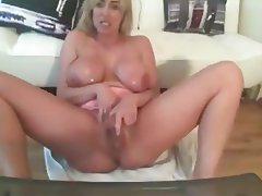 British Amateur Big Boobs MILF