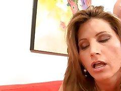Cumshot Hardcore MILF Wife