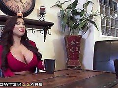 Babe Big Boobs Blowjob Threesome