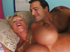 Big Boobs Blowjob Cumshot Mature