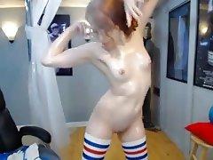 Amateur Redhead Small Tits Webcam