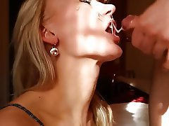 Amateur Close Up Cum in mouth