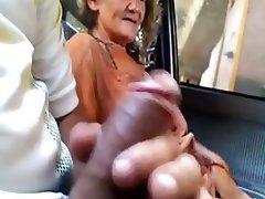 Amateur Granny Sucking