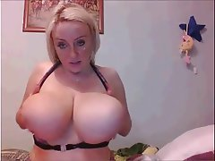 Big Boobs Big Nipples Webcam