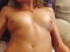 Amateur Squirt Rubbing Pussy