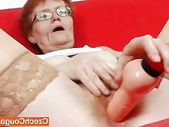 Amateur Close Up Masturbation Mature Softcore
