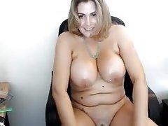 Webcam Big Boobs Massage Big Nipples Chubby