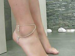 Brunette, Foot Fetish, Masturbation