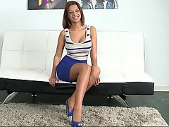 Babe Beauty Brunette Casting