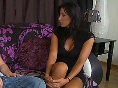 Brunette Fucking Hardcore Housewife