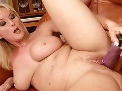 Blonde Masturbation Mature MILF