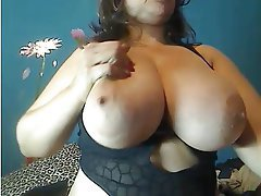 Big Boobs MILF Webcam