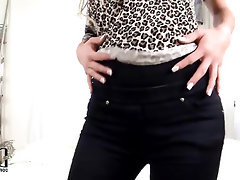 Amateur Babe Casting MILF Stockings