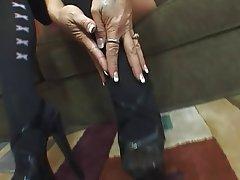 Foot Fetish MILF Pantyhose Stockings Lingerie