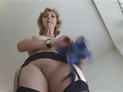 Granny upskirt porn video
