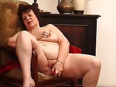 BBW Big Boobs Brunette Masturbation Mature