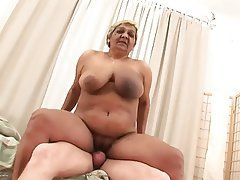 Cumshot Old and Young Amateur Big Boobs Granny