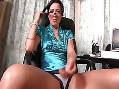 Big Boobs MILF Pornstar POV