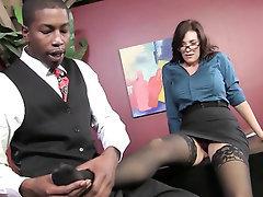Babe Big Tits Ebony Blowjob Cumshot