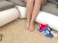 Amateur Big Ass Casting Feet