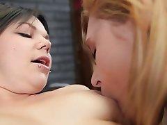 Ass Licking Blonde Brunette Cunnilingus Lesbian