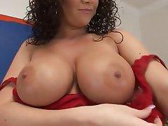 Big Boobs Cumshot MILF Pornstar