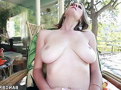 Amateur BBW Big Ass Big Tits Blowjob