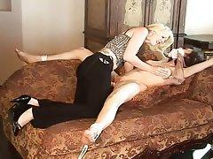 Bondage Lesbian Strapon