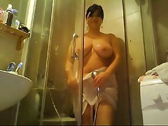 Shower Mature Webcam