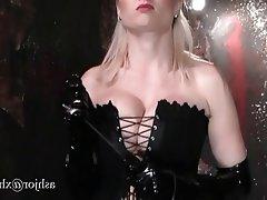 BDSM Femdom Gangbang Lesbian