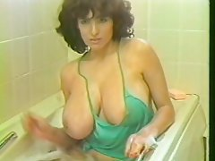 Big Boobs Hairy MILF Shower Vintage