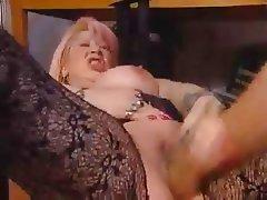 BBW Big Boobs Granny Piercing