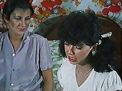 Cunnilingus Hairy Lesbian Strapon