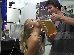 Amateur Blonde College Coed