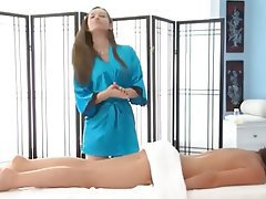 Babe Cunnilingus Lesbian Massage