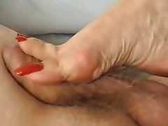 lick fer feet