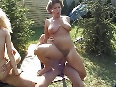 Facial Group Sex Outdoor